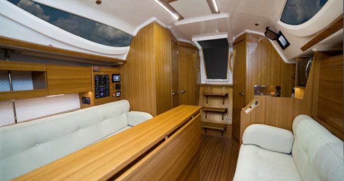 Location bateau Northman Maxus 33.1 RS Prestige + à Wilkasy sur Samboat