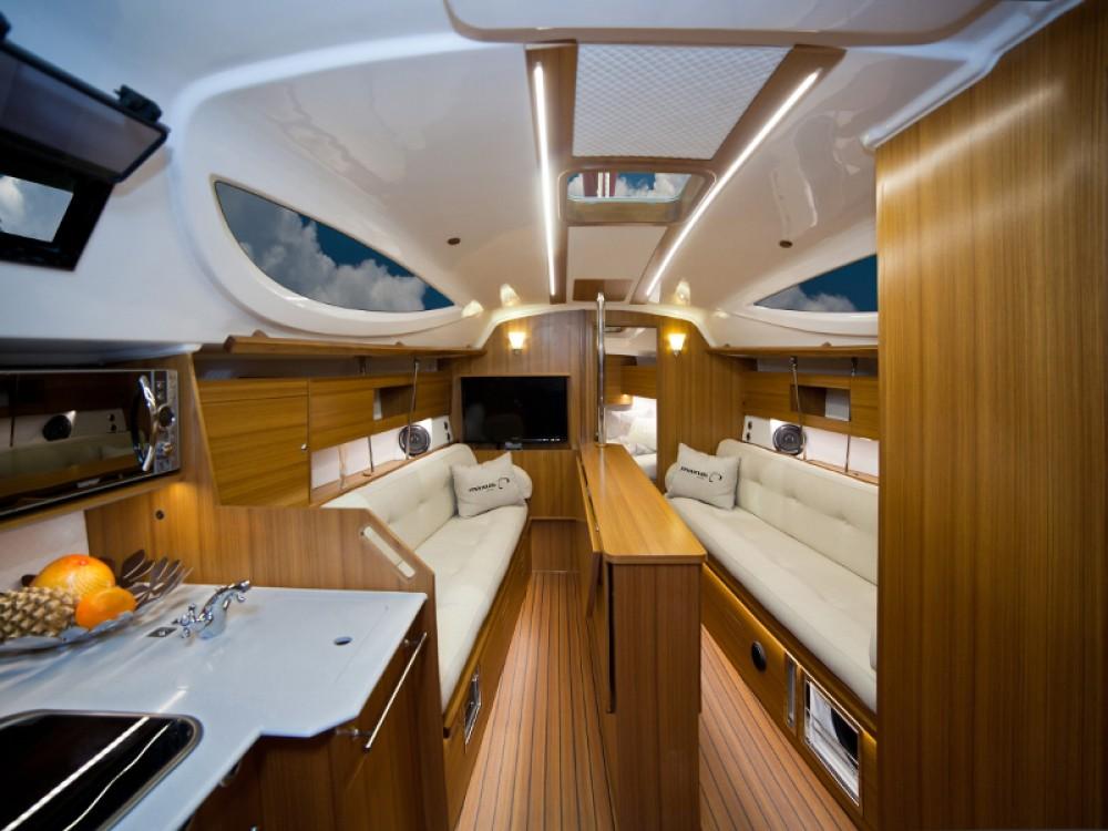 Location bateau Northman Maxus 33.1 RS Prestige à Wilkasy sur Samboat