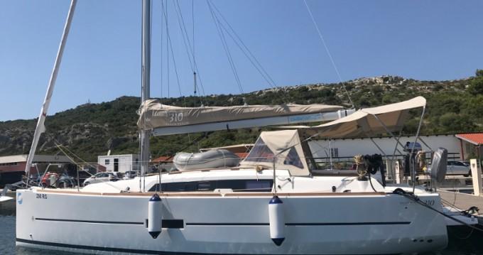 Location bateau Dufour Dufour 310 Grand Large à Primošten sur Samboat