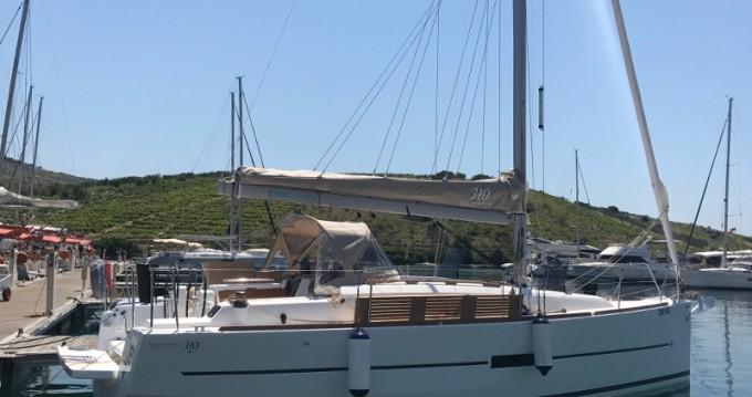 Location bateau Primošten pas cher Dufour 310 Grand Large
