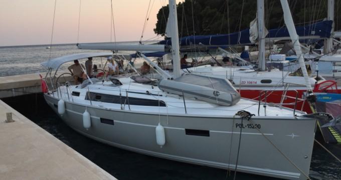Location bateau Sukošan pas cher Bavaria 37 Cruiser