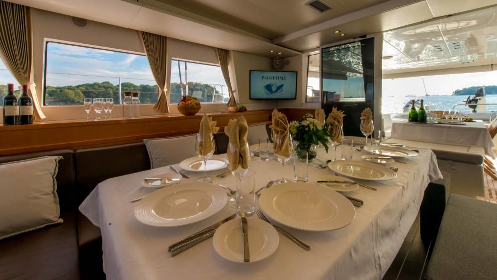 Location Catamaran à El Nido - Lagoon Lagoon 620 - 5 cab