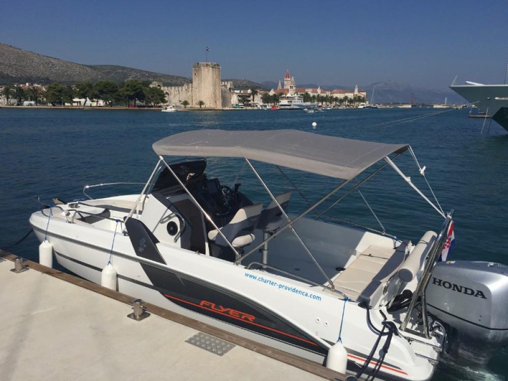 Location yacht à ACI Marina Trogir - Bénéteau Beneteau Flyer 6.6 Space Deck sur SamBoat