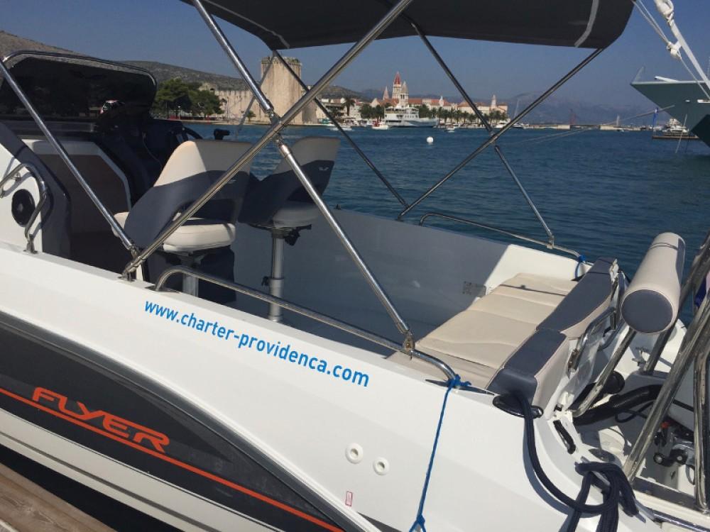 Bénéteau Beneteau Flyer 6.6 Space Deck entre particuliers et professionnel à ACI Marina Trogir