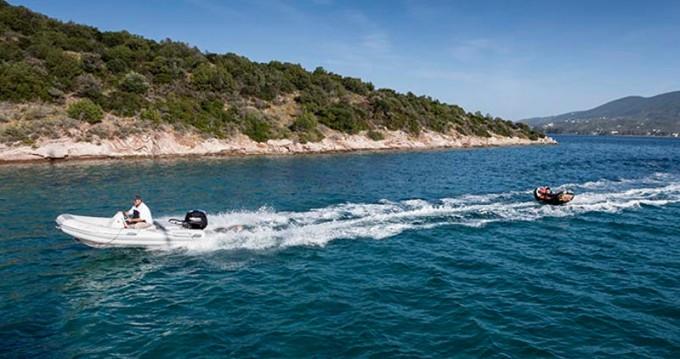 Location bateau Álimos pas cher Lagoon 500
