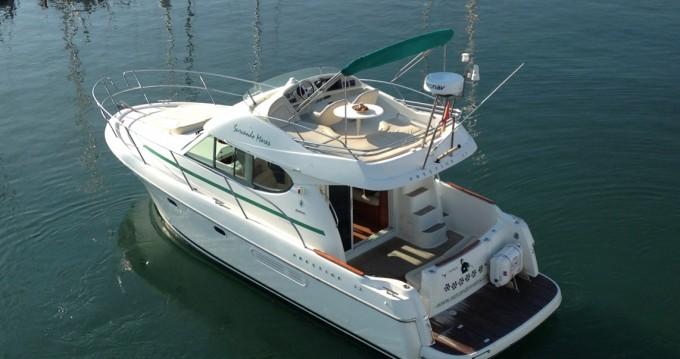 Louer Bateau à moteur avec ou sans skipper Jeanneau à Port de Sitges Aiguadolç
