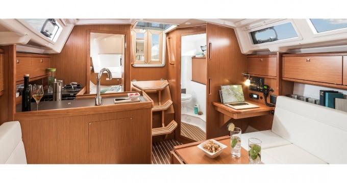 Bavaria Bavaria 34 Cruiser entre particuliers et professionnel à San Vincenzo