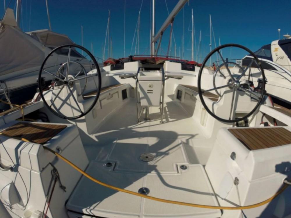 Location yacht à Îles Baléares - Jeanneau Sun Odyssey 439 sur SamBoat