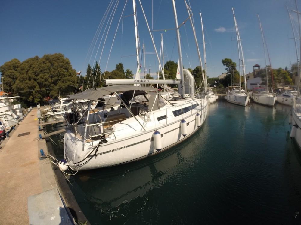 Louez un Bavaria Bavaria Cruiser 41 à Zadar
