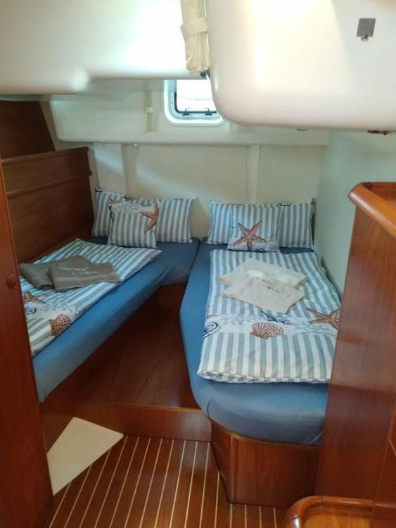Louez un Jeanneau Sun Odyssey 54DS à Leucade