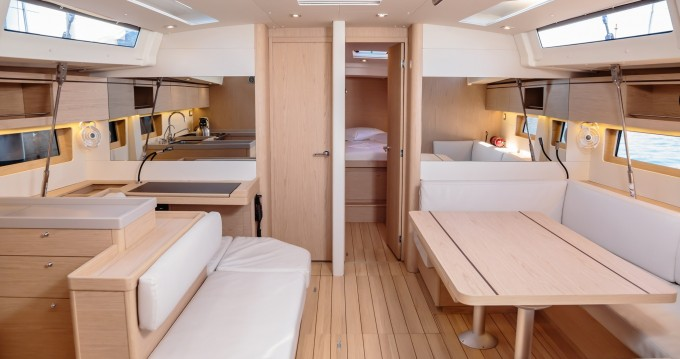 Location yacht à Marina di Portorosa - Bénéteau Oceanis 51.1 sur SamBoat