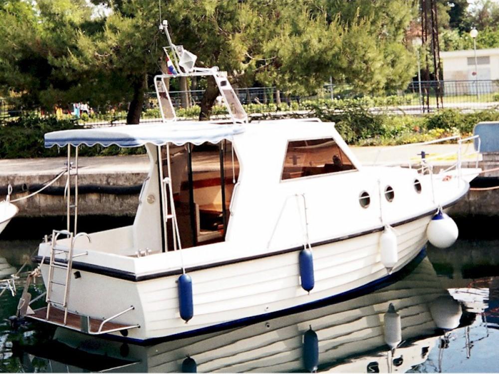 Sas Vektor Adria 28 Luxus entre particuliers et professionnel à Brbinj