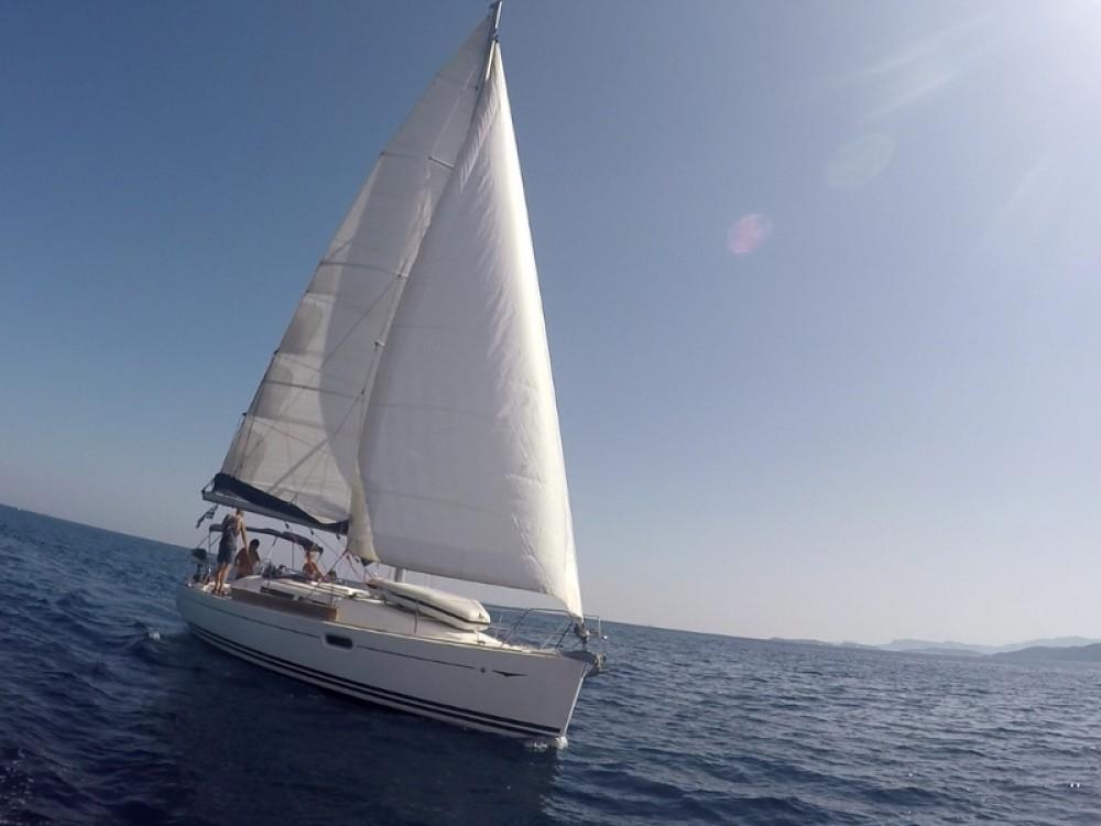 Location yacht à Marina de Alimos - Jeanneau Sun Odyssey 36i sur SamBoat
