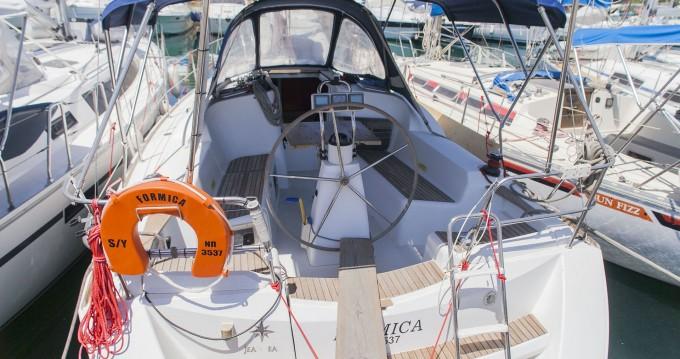 Louer Voilier avec ou sans skipper Jeanneau à Athènes