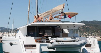 Location Catamaran à Cogolin - Fountaine Pajot Helia 44