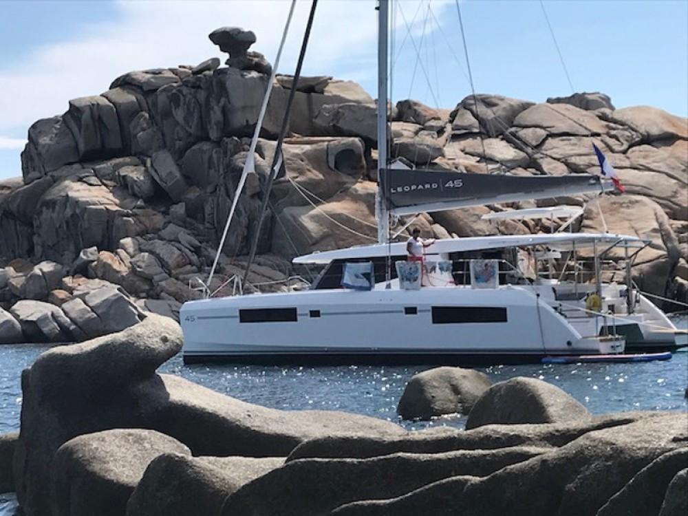 Catamaran à louer à Gassin au meilleur prix