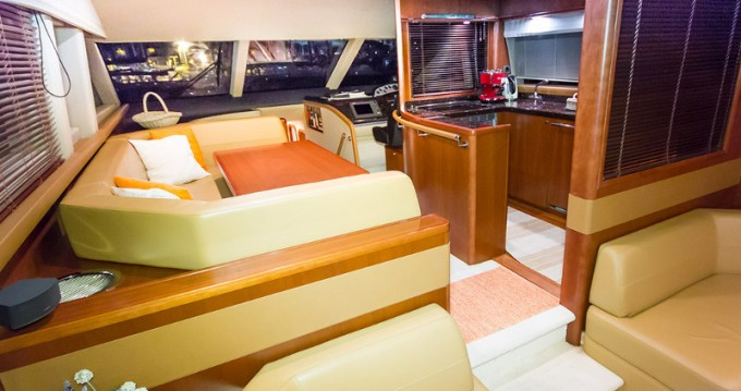 Louer Yacht avec ou sans skipper Princess à Split