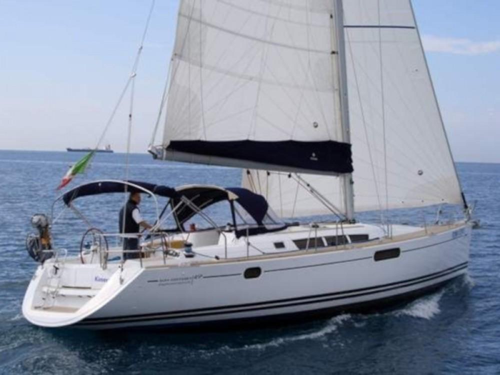 Louez un Jeanneau Sun Odyssey 49i à Nettuno