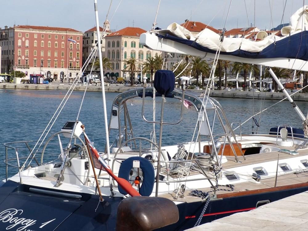 Location bateau Bénéteau Beneteau 62 à Trogir sur Samboat