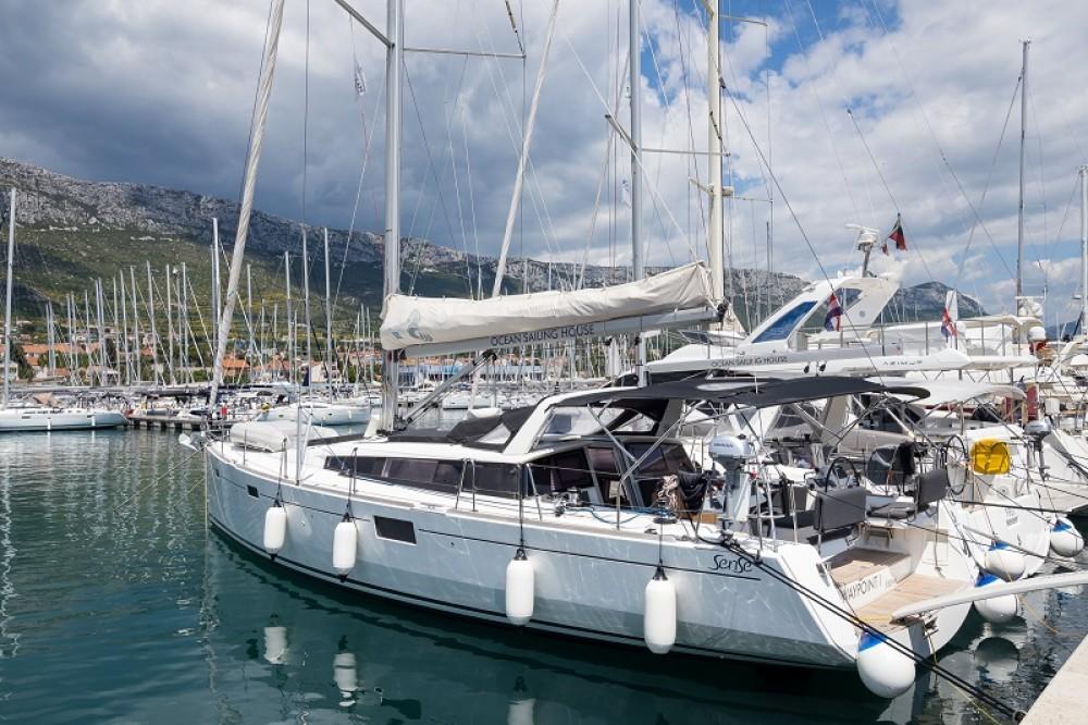 Location yacht à Kaštel Gomilica - Bénéteau Sense 50 sur SamBoat