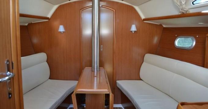 Location bateau Jeanneau Sun Odyssey 32 à Kortgene sur Samboat