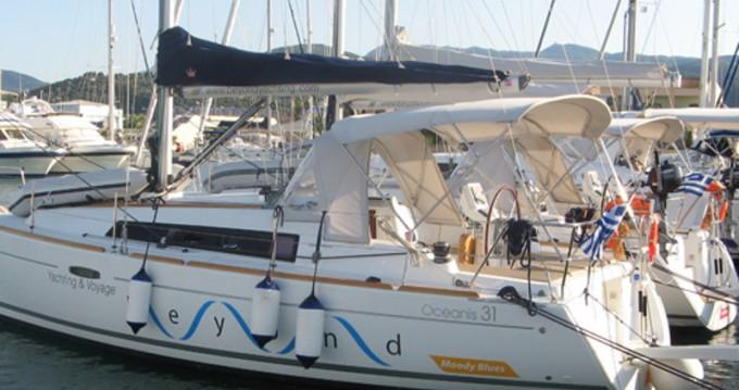 Bénéteau Oceanis 31 entre particuliers et professionnel à Lefkada (Île)