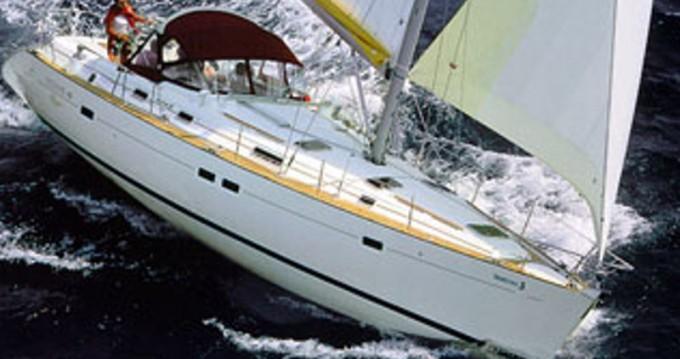 Louez un Bénéteau Oceanis 411 à Álimos