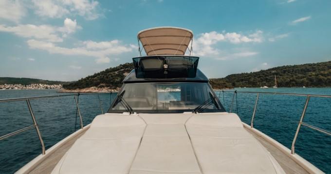 Location bateau Bénéteau Monte Carlo 5 à Punat sur Samboat