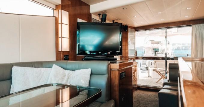 Location Yacht Elegance Yachts avec permis