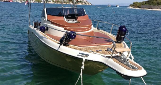 Location bateau Trogir pas cher Sun Sport 845