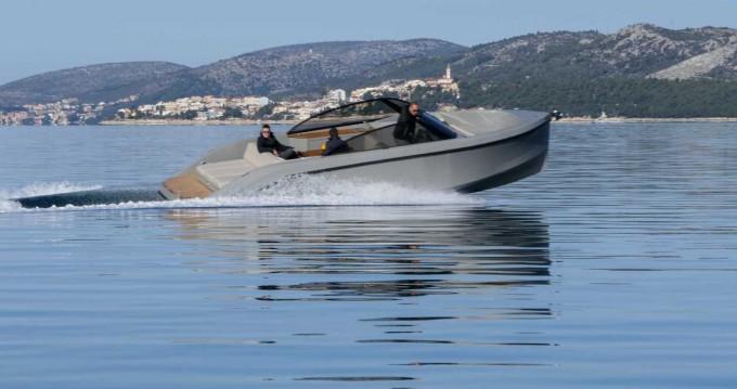 Location bateau Trogir pas cher Supreme 27 p