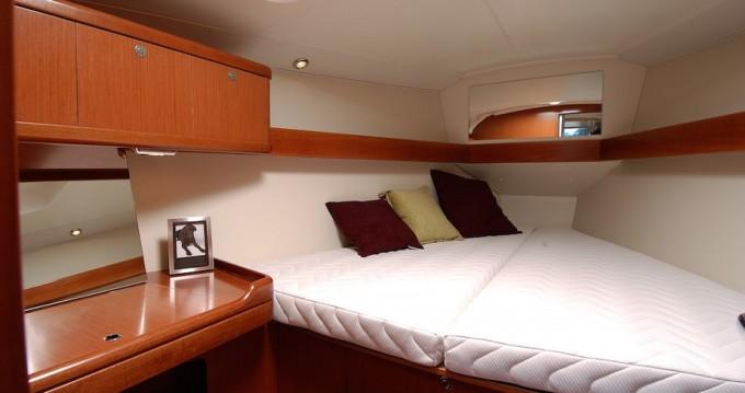 Location yacht à Santa Cruz de Tenerife - Bénéteau Oceanis 37 sur SamBoat