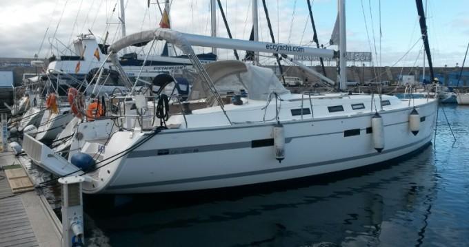 Location bateau Santa Cruz de Tenerife pas cher Bavaria 45 Cruiser