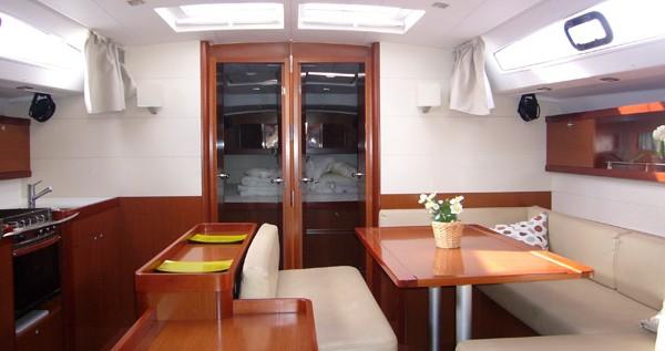 Location Voilier à Santa Cruz de Tenerife - Bénéteau Oceanis 50 Family