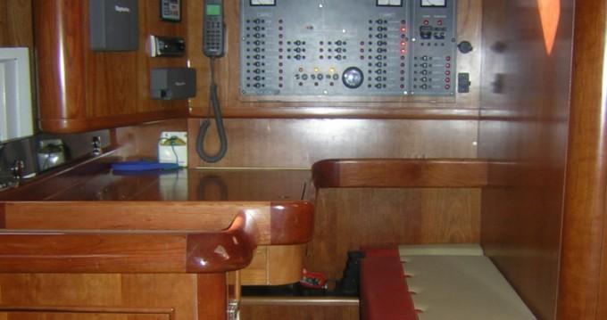 Louez un Alfa Yachts Alfa 51 à Foinikas