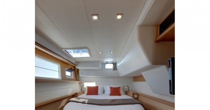 Location bateau Ajaccio pas cher Lagoon 450 F