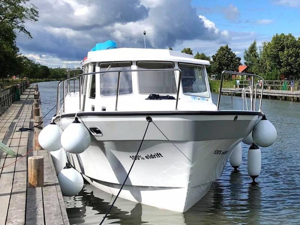Louer Bateau à moteur avec ou sans skipper  à Söderköping