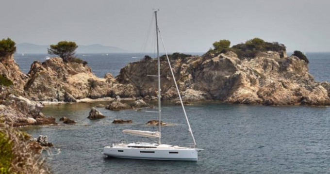 Location bateau Níkiti pas cher Sun Odyssey 440