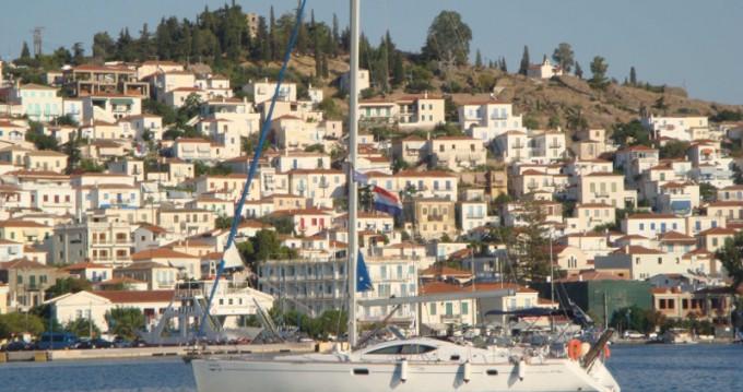 Jeanneau Sun Odyssey 49DS entre particuliers et professionnel à Le Pirée