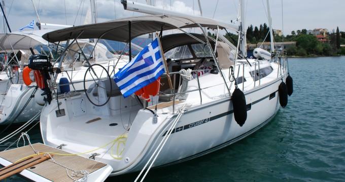 Bavaria Cruiser 41 entre particuliers et professionnel à Gouviá