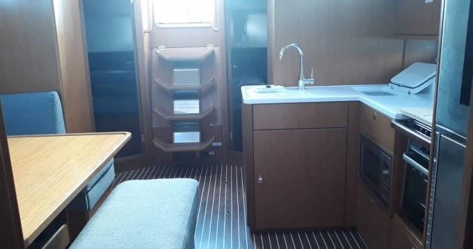 Location bateau Gouviá pas cher Cruiser 46 Style
