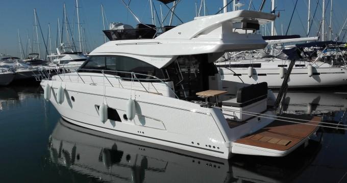 Location yacht à Álimos - Bavaria Bavaria Virtess 420 Fly sur SamBoat