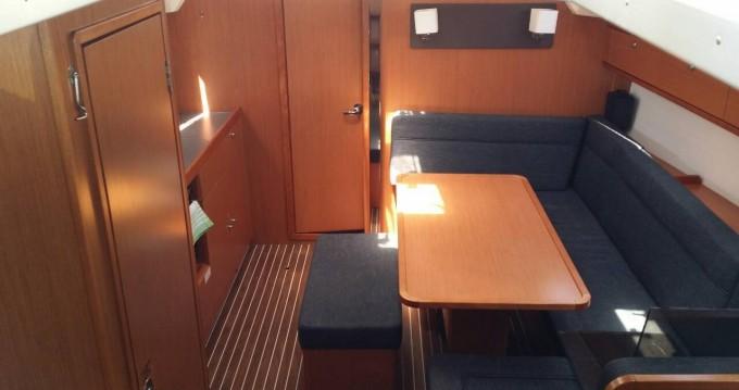 Louez un Bavaria Cruiser 41 à Gouviá