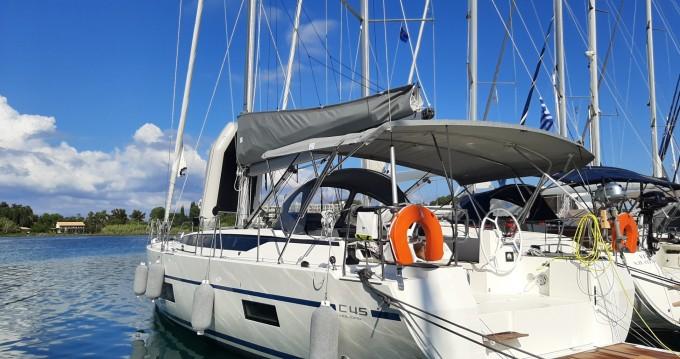 Location bateau Lávrio pas cher Bavaria C45