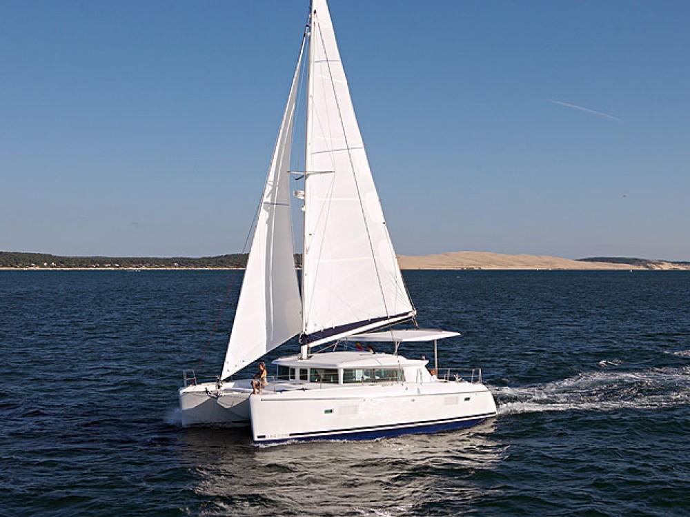 Location Catamaran à Marina de Alimos - Lagoon Lagoon 420