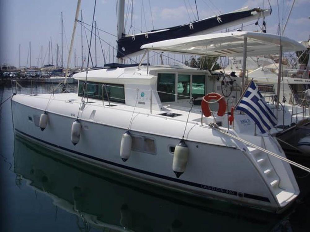 Lagoon Lagoon 420 entre particuliers et professionnel à Marina de Alimos