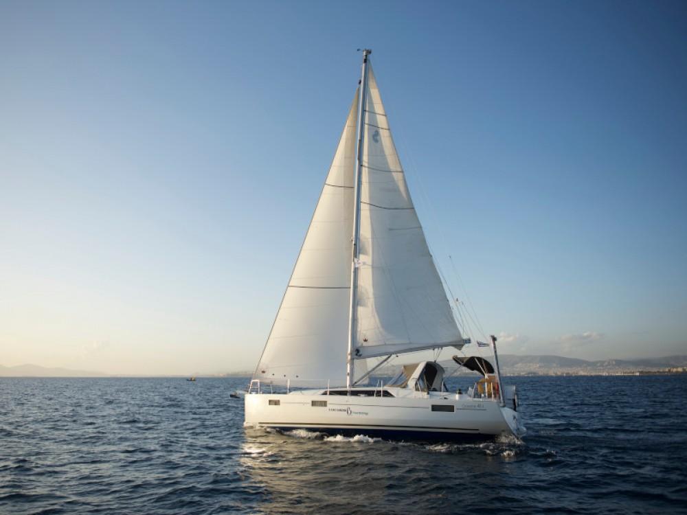 Location bateau Bénéteau Oceanis 41.1 à Álimos sur Samboat