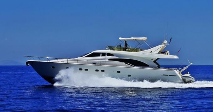 Location bateau Álimos pas cher Ferretti 680