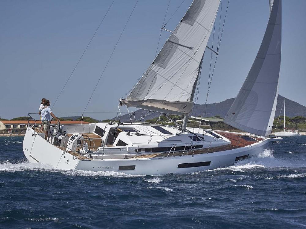 Location yacht à Marina de Alimos - Jeanneau Sun Odyssey 440 sur SamBoat