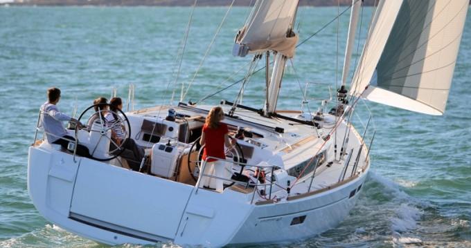 Location bateau Follonica pas cher Sun Odyssey 469